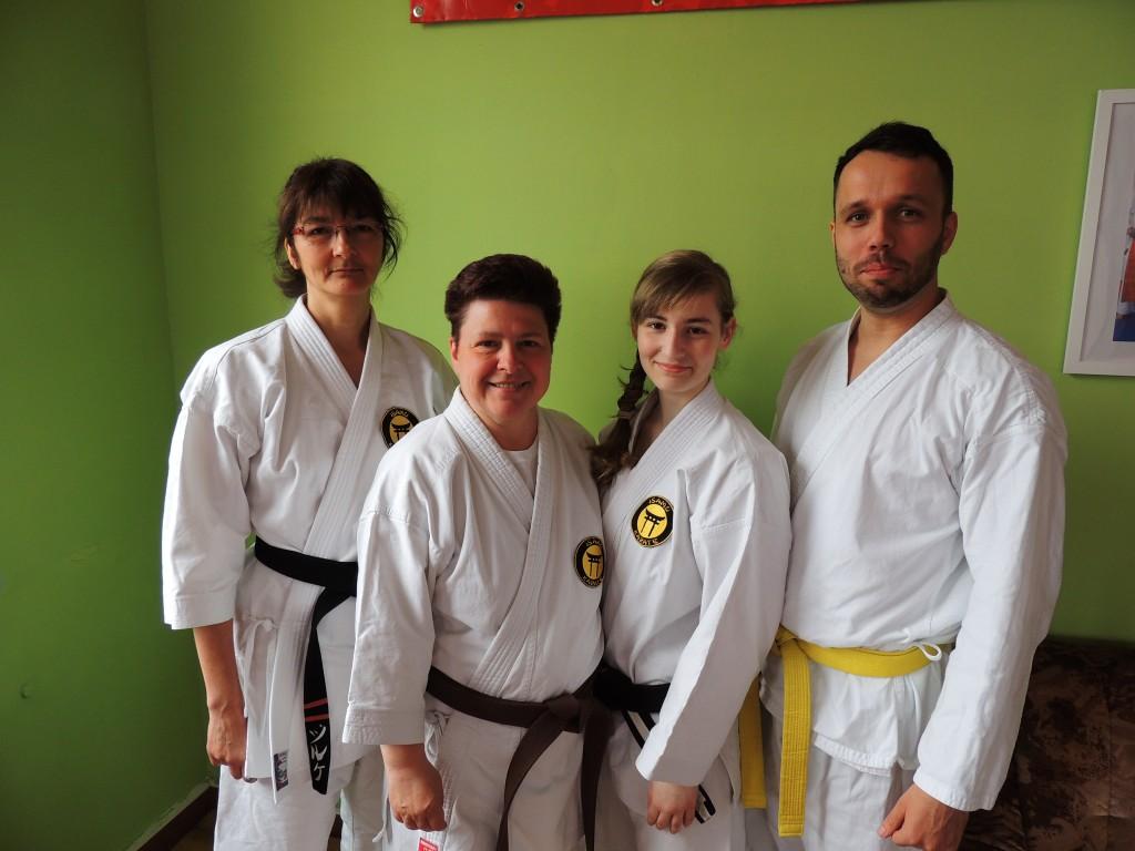 Silke,Sylvia,Jasmin und Erik sind bereit für die World Games